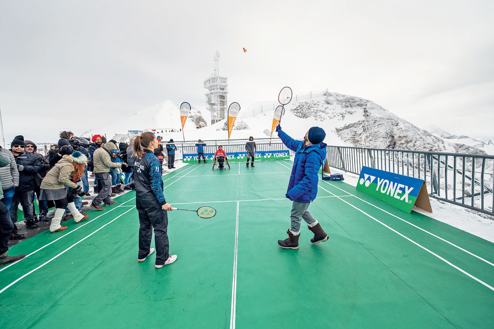 Badminton on Mount Titlis