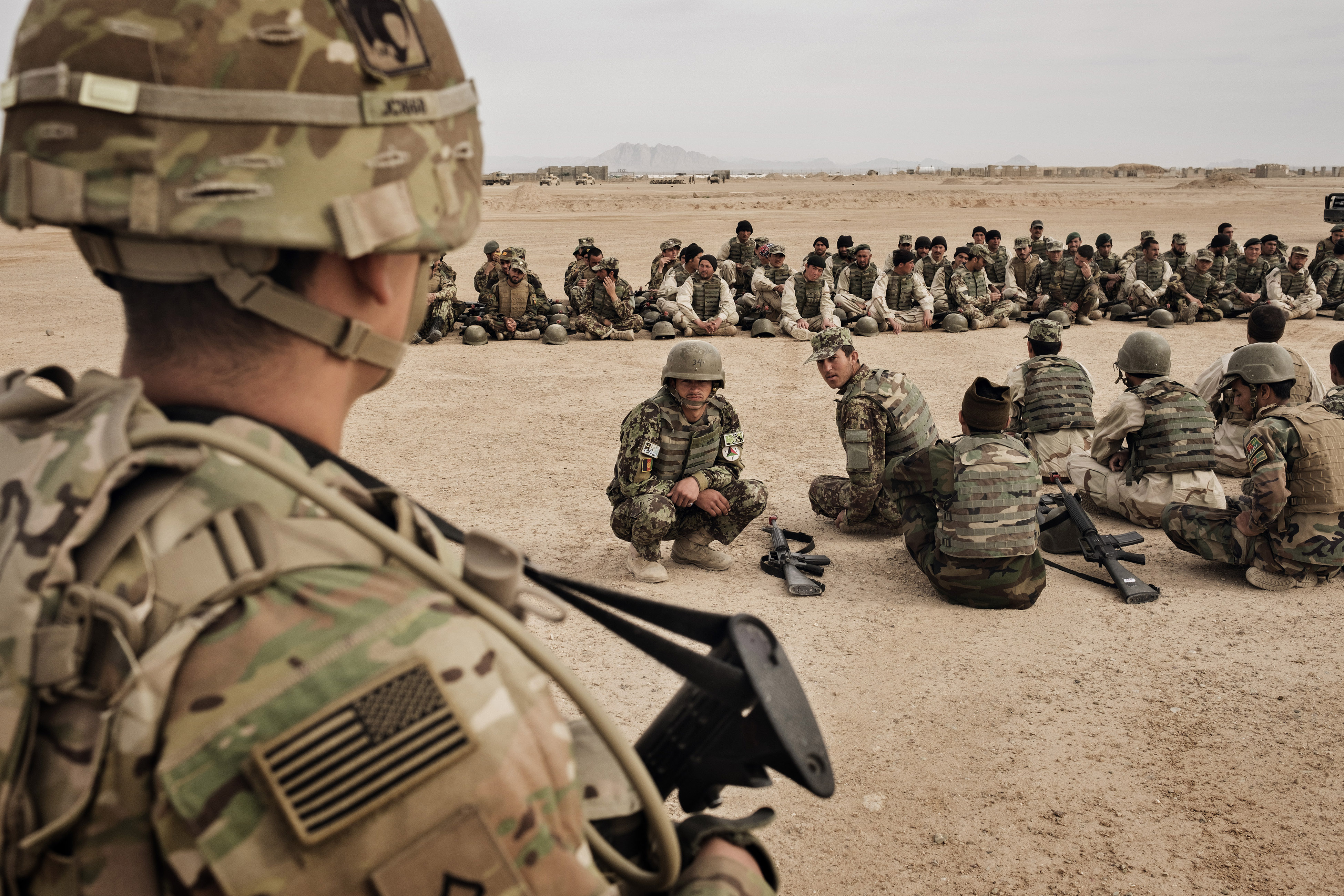 US to pull half its troops from Afghanistan