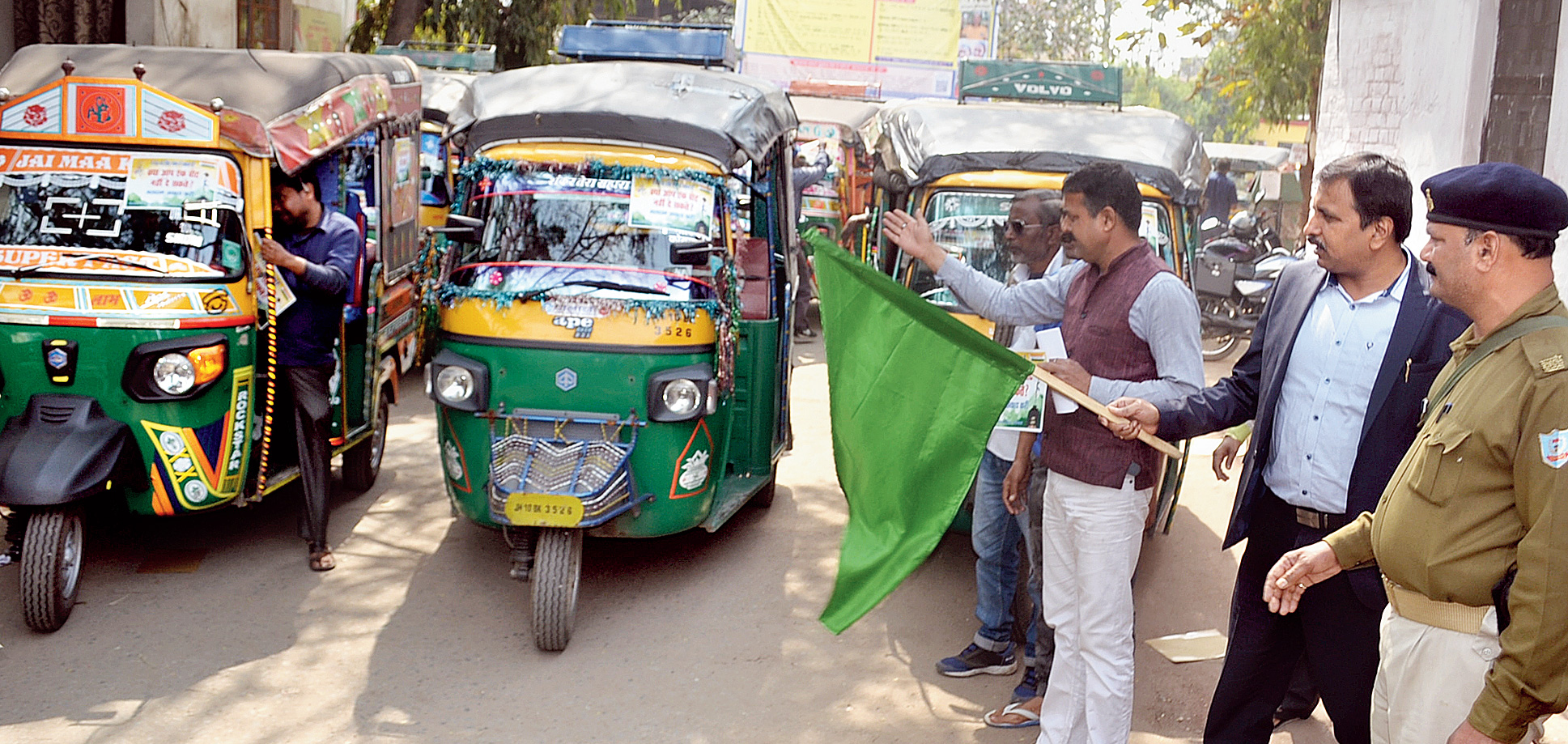Campaign kick-off: Dhanbad SDO Raj Maheshwaram flags off the promotional poll vehicles from his office on Court Road in the coal town on Sunday.