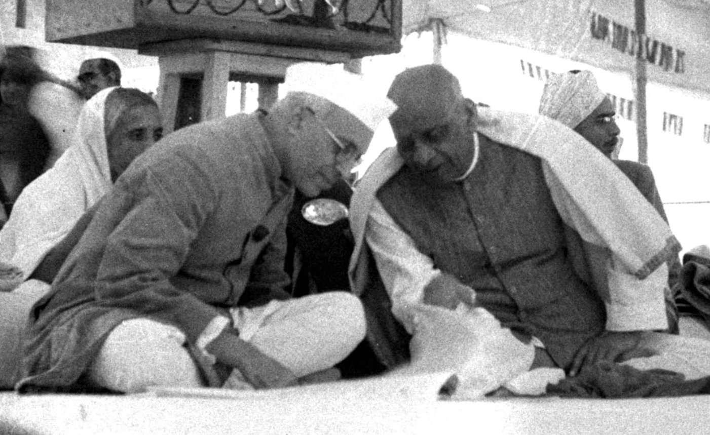 Jawaharlal Nehru with Vallabhbhai Patel at an AICC session.