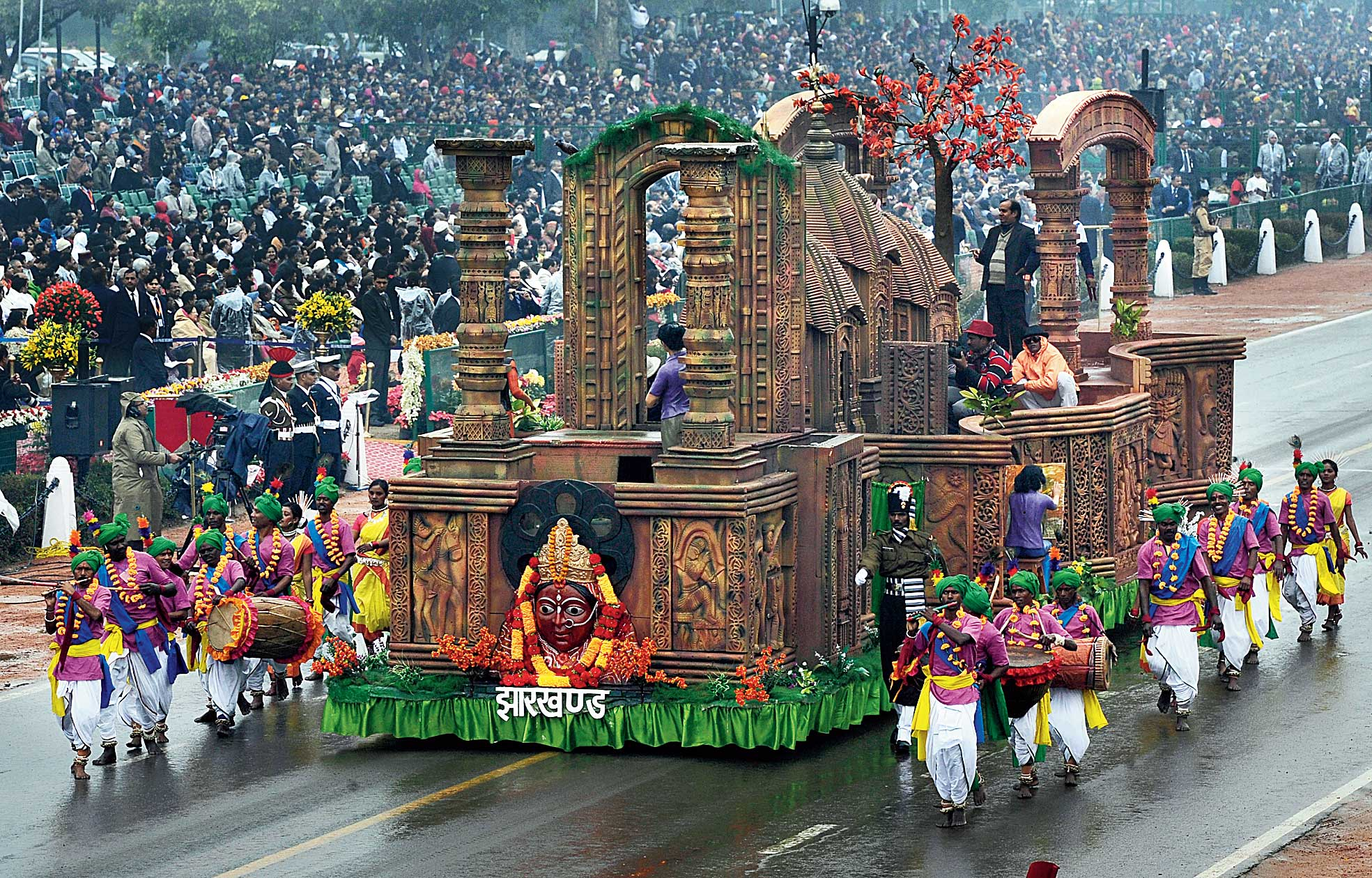 The Jharkhand tableau on Maluti temples in Dumka at the Republic Day parade of 2015 in New Delhi, the last time the state made the cut.