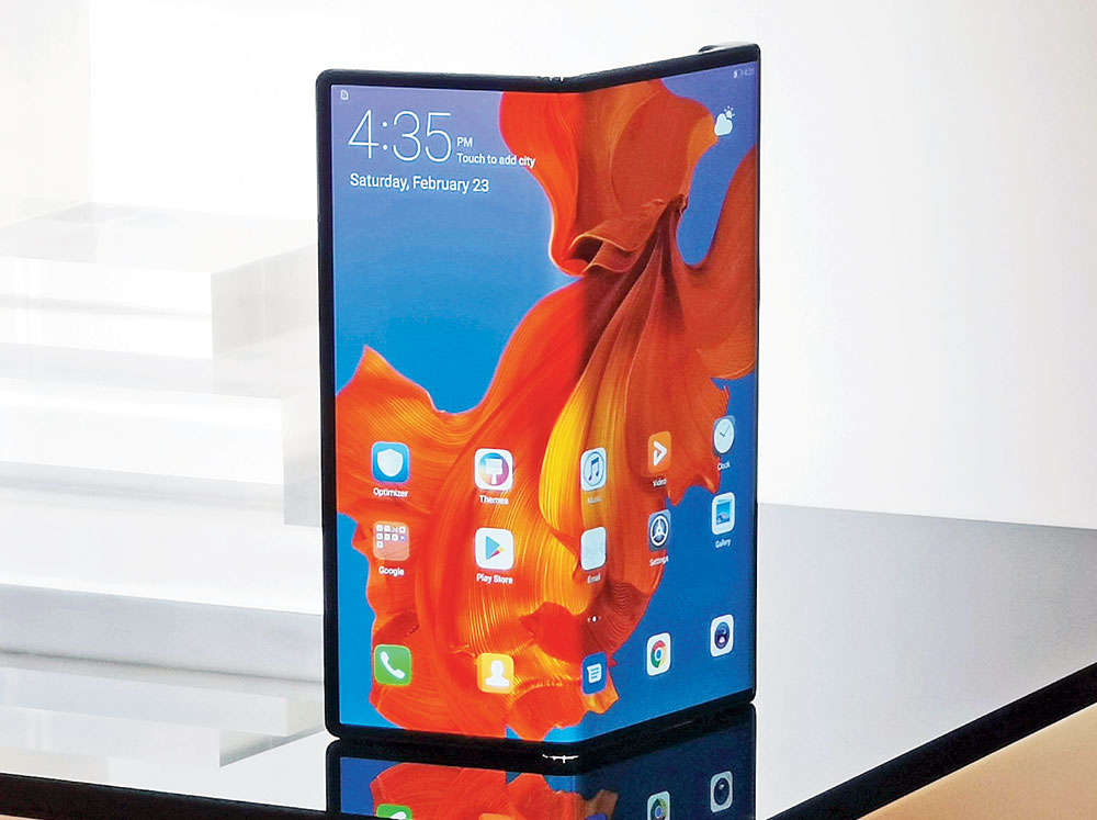 The Huawei Mate X has a single eight-inch OLED display that can be folded. The fold is backwards instead of inwards.