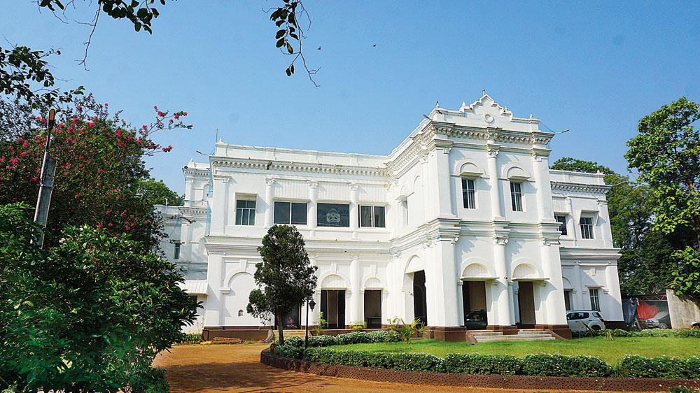 The Belgadia Palace was built in the early 19th century but repurposed by Sriram Chandra Bhanj Deo for his second wife, Sucharu Devi.  The king, however, could never live in this palace with his wife