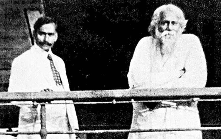 Scholar Kalidas Nag with Rabindranath Tagore aboard a ship on their way to China. Nag's impulse to trace India's links with the maritime universe had much to do with his association with Tagore.