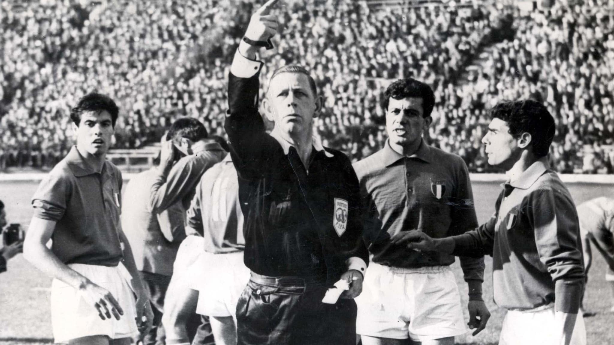 A moment from the game between Chile and Italy in the 1962 World Cup