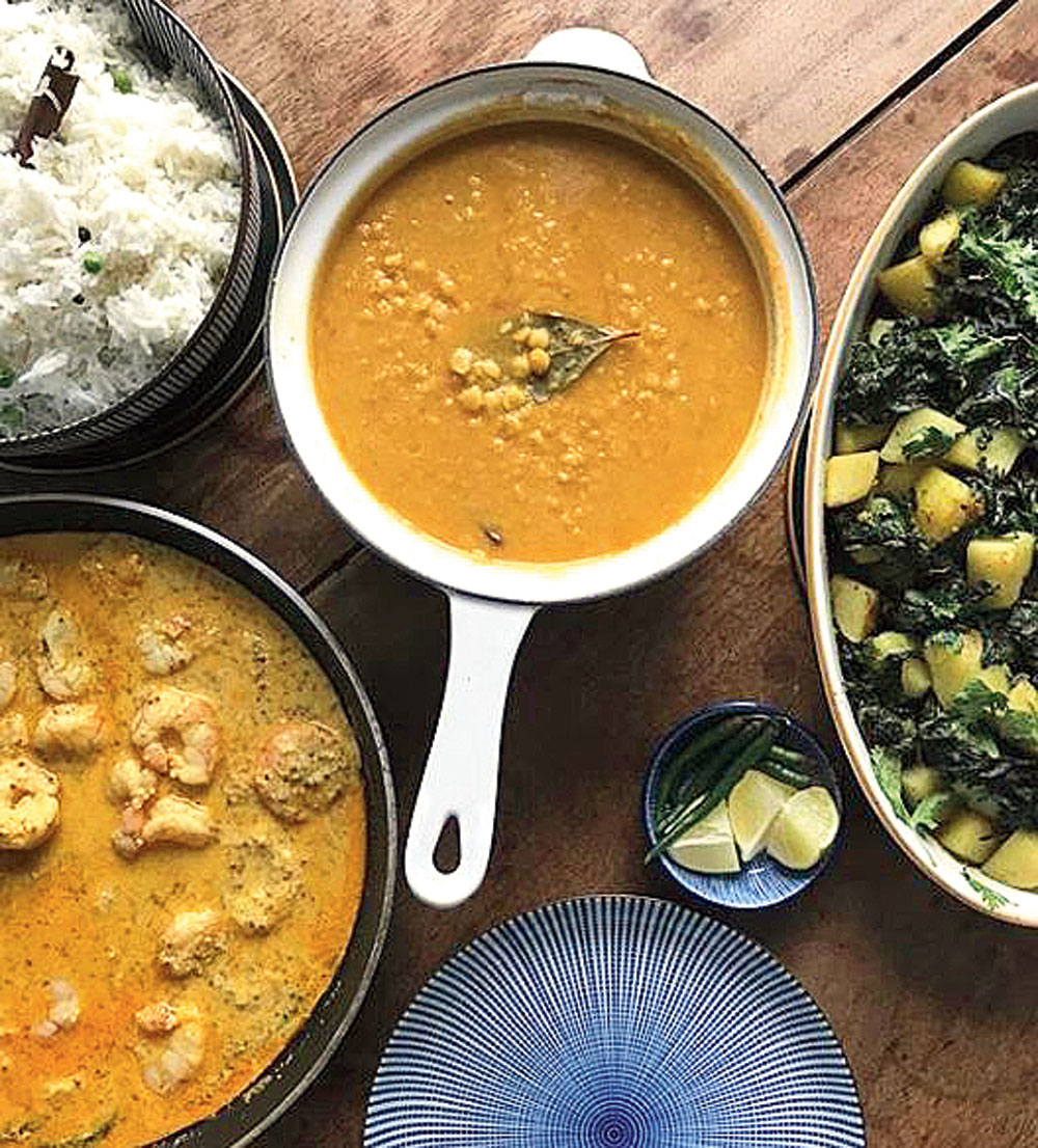 Channa Dal, Mustard Prawn Curry, and two favourites — Peas Pulao and Saag Aloo