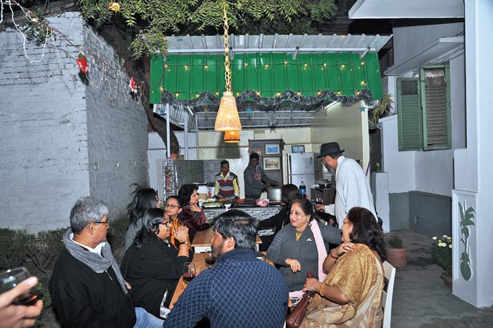 Chanda's Khaukswey Takeaway