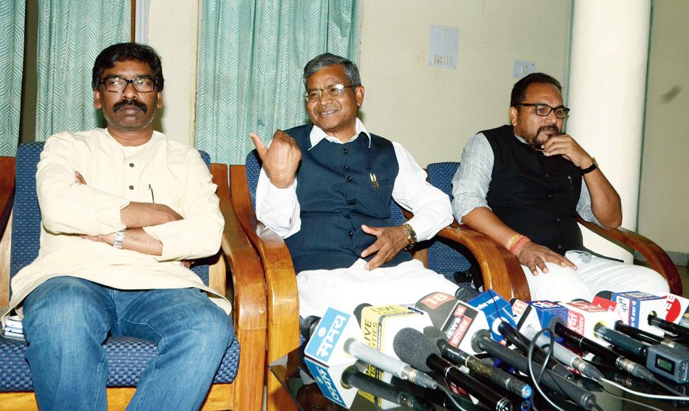 Jharkhand Opposition parties await Congress nod on Lok Sabha election seat sharing