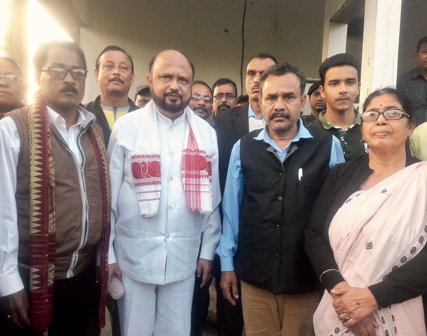Prafulla Kumar Mahanta with AGP  workers at Tangla town in Udalguri district on Friday