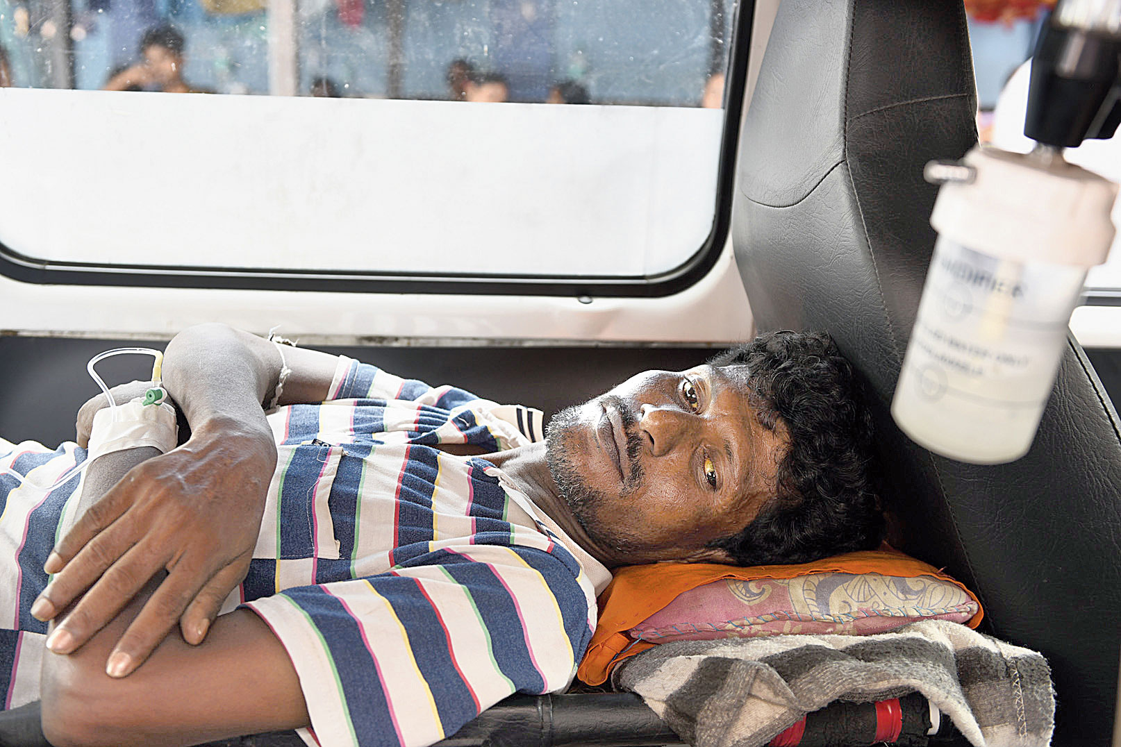 Ainul Mandal, a daily wage earner, was brought to the RG Kar Medical College and Hospital from Ashoknagar in Habra, North 24-Parganas, with jaundice.