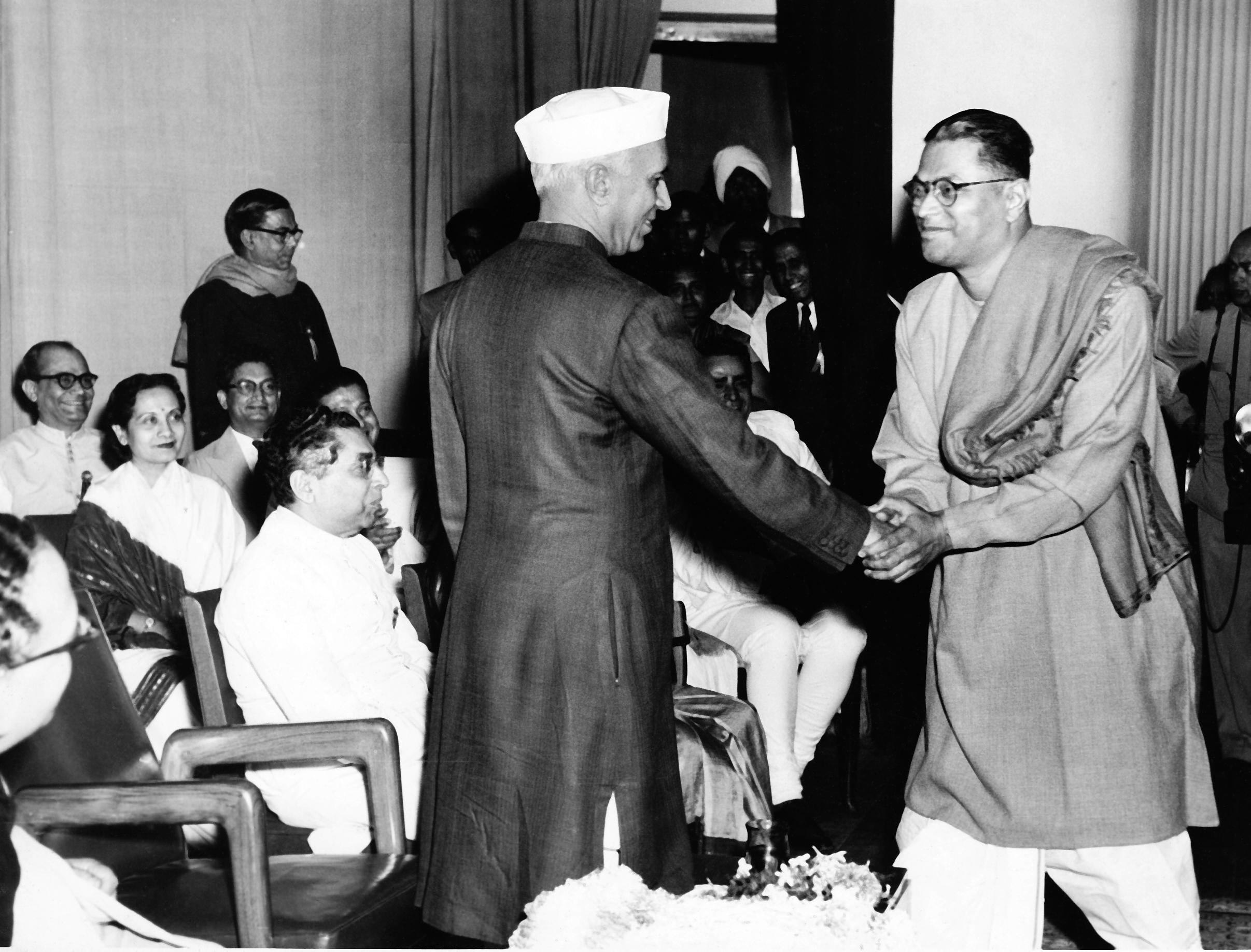 Melody maker: Pankaj Mullick; with Jawaharlal Nehru in 1955 at a seminar