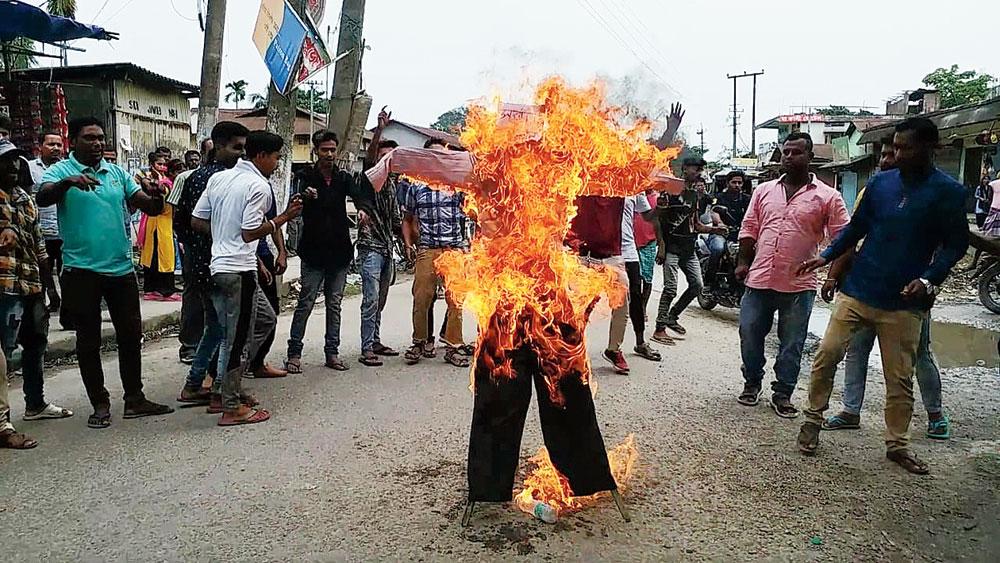 AAMSU members protest on Saturday