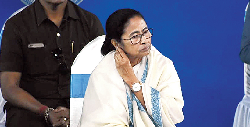 Mamata at the review meeting in Durgapur on Thursday