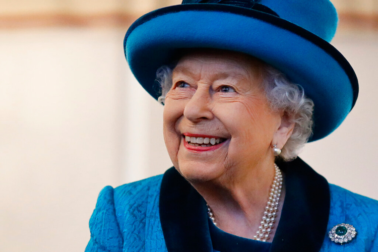 Queen Elizabeth visits the new headquarters of the Royal Philatelic Society London on November 26