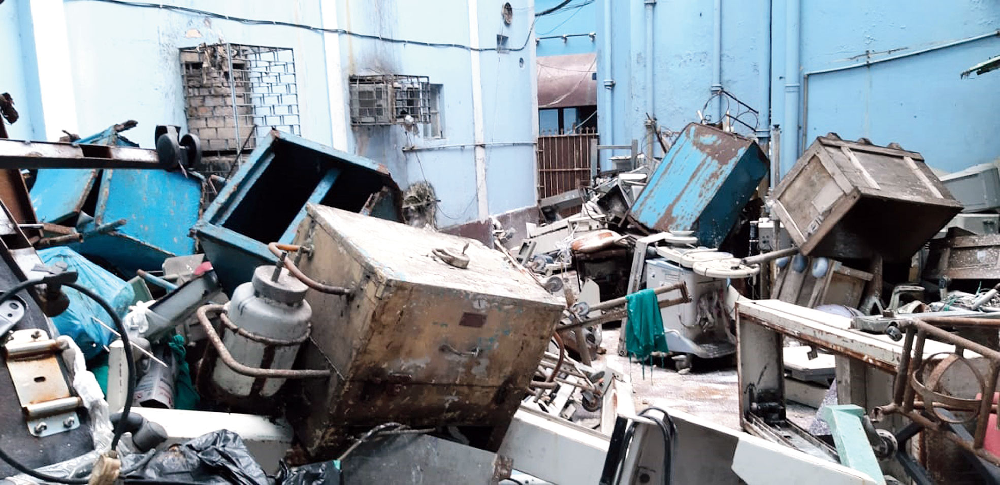 Wooden furniture, pipes, rods and other building materials dumped inside RG Kar hospital
