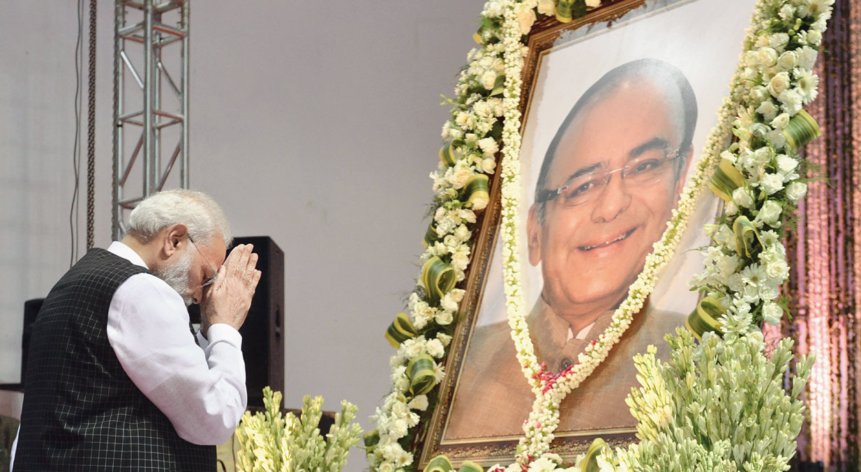 Prime Minister Narendra Modi pays tributes to Arun Jaitley during a prayer meeting in New Delhi on Tuesday.