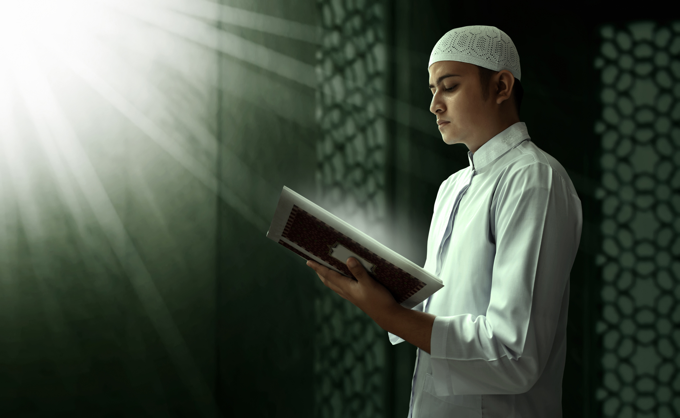 Islam is facing a wave of desertion by young Muslims suffering from a crisis of faith