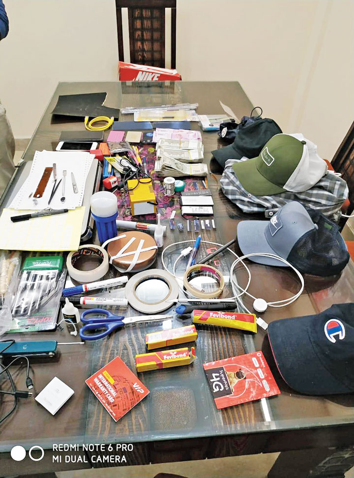 Items seized from the arrested Romanian
