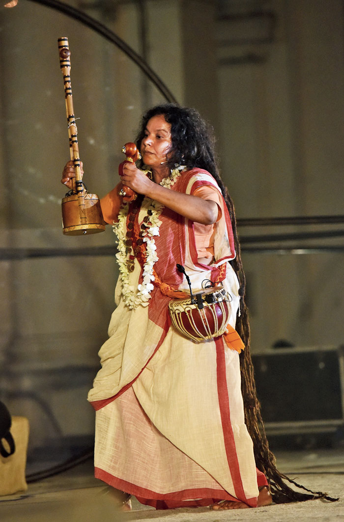 Parvathy Baul was cheered on by every member present on the ground as she presented a composition by the poet Kabir in baul style.