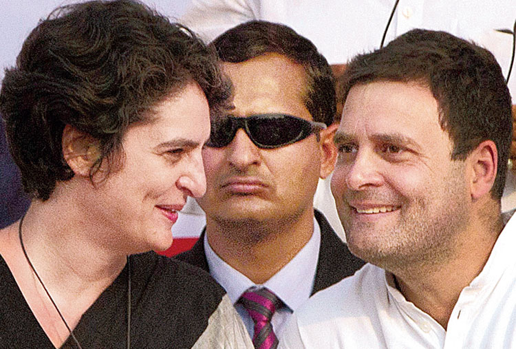 Sibling revelry: Priyanka goes from support to comrade-in-arms
