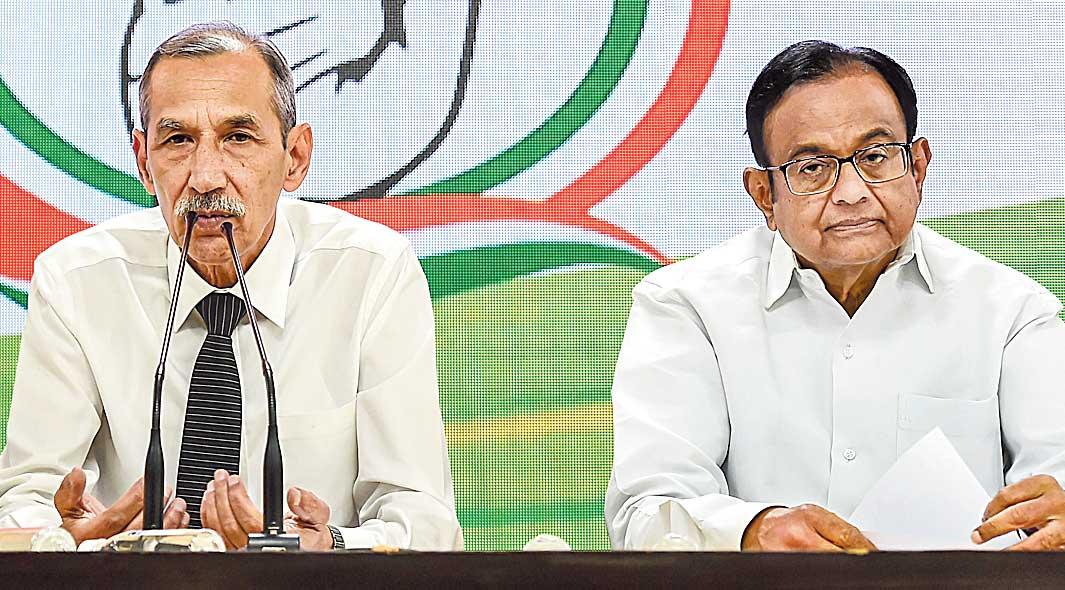 Lt Gen. (retired) D.S. Hooda and Chidambaram in Delhi on Sunday.