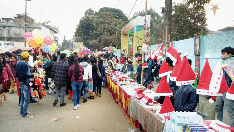 Visitors throng the carnival in Panbazar