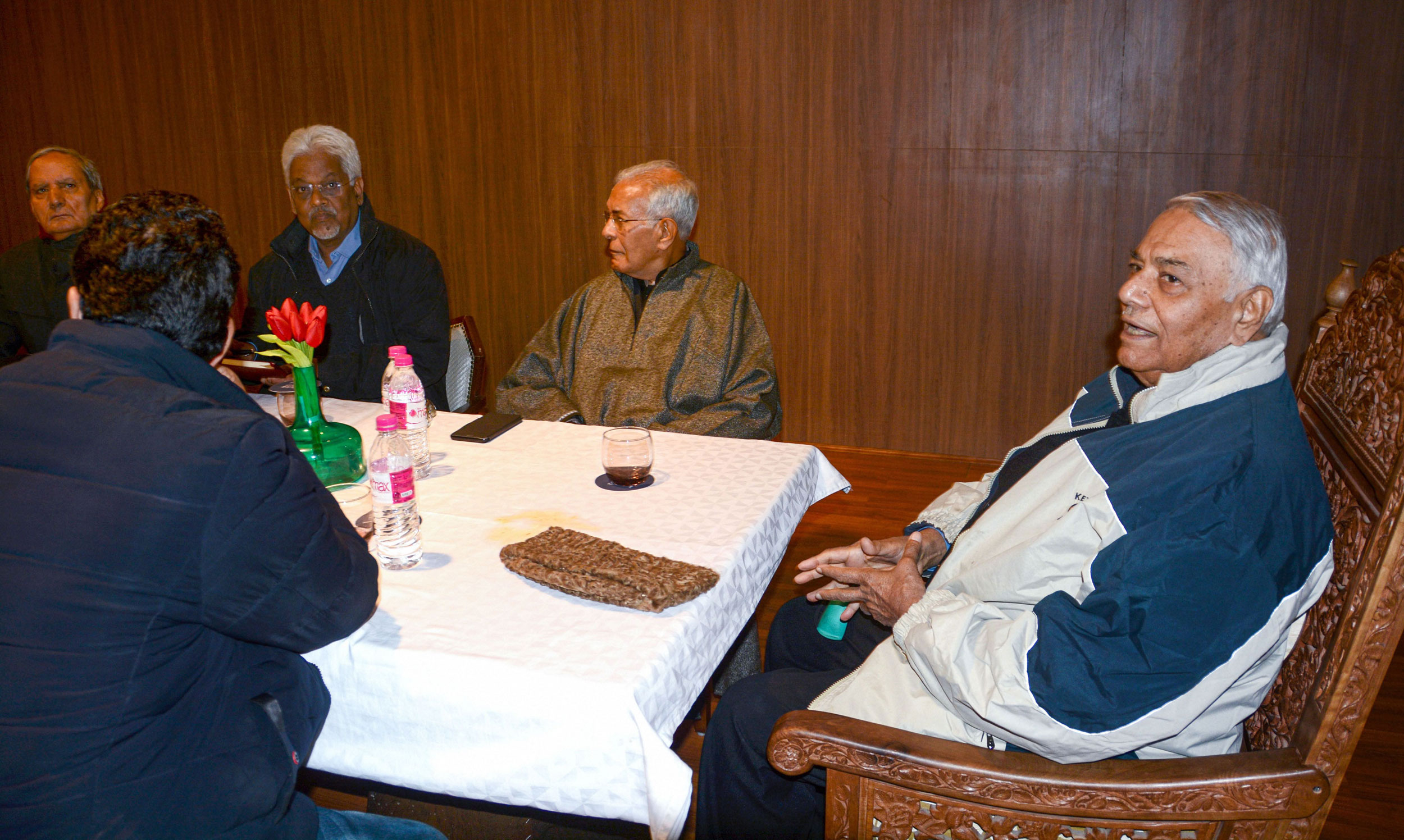 A delegation of Indian Civil Society group, led by former union finance minister Yashwant Sinha, interacts with the members of Kashmir Chamber of Commerce and Indusutries to assess the situation at the valley on the 110th day of strike, in Srinagar on November 22, 2019.