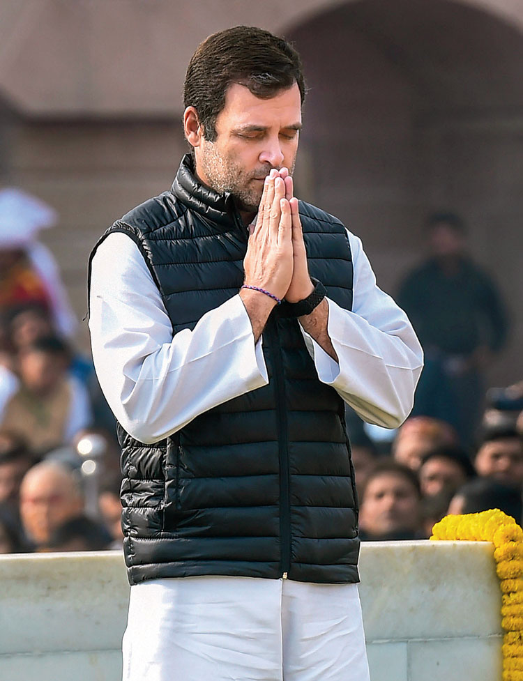 Rahul Gandhi's zip-up quilted jacket is a departure from the traditional Congress Nehru jacket