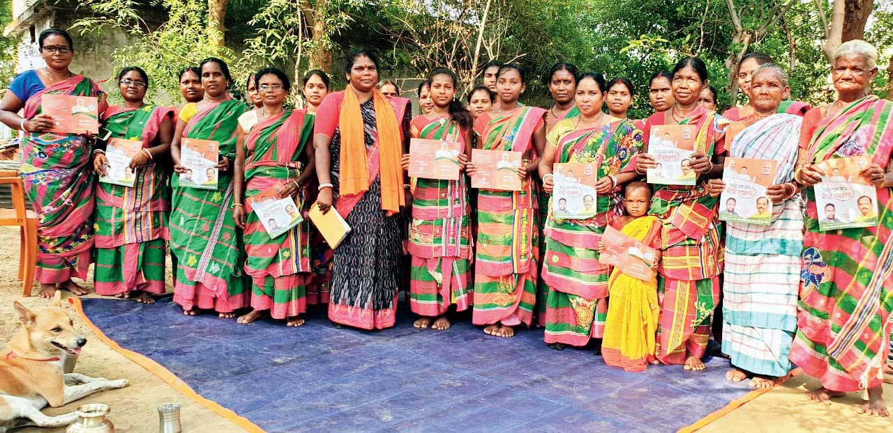 BJP women leaders campaign for party candidate Bidyut Baran Mahto near Jamshedpur on Saturday.