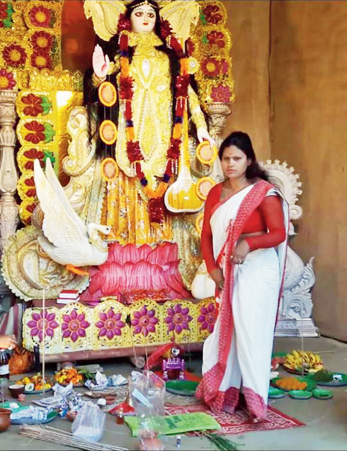 These women are also learning the rituals of Hindu wedding ceremonies.
