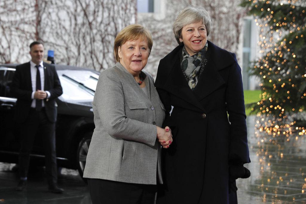 Brexit talks: Theresa May meets Angela Merkel