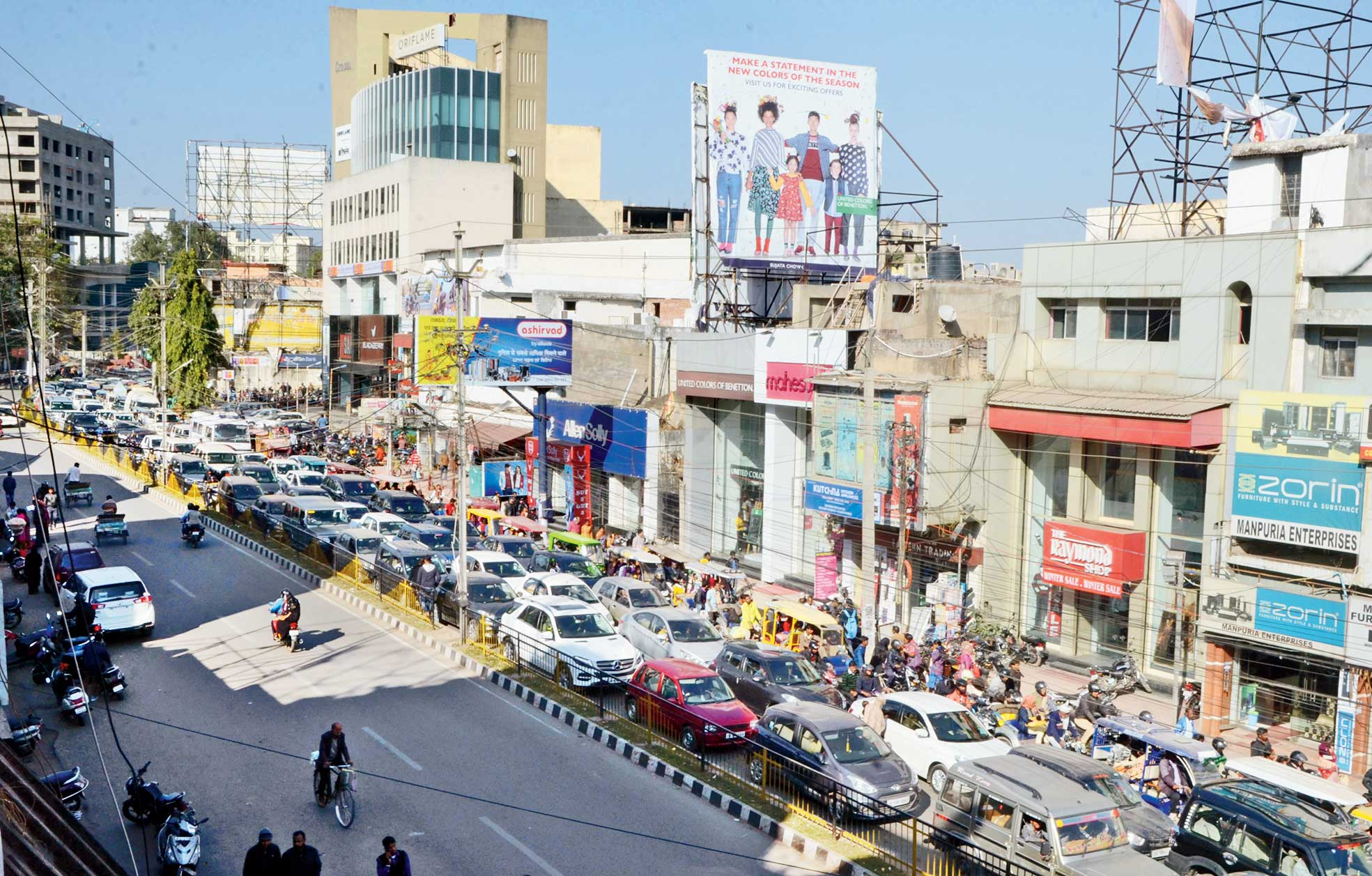 Traffic at Sujata Chowk in Ranchi on Thursday.