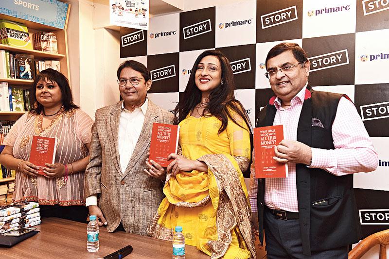 (L-R) Jeena Mitra Banik, Jayesh Parekh, Rituparna Sengupta and Utsav Parekh at the launch of the book at Story on Elgin Road