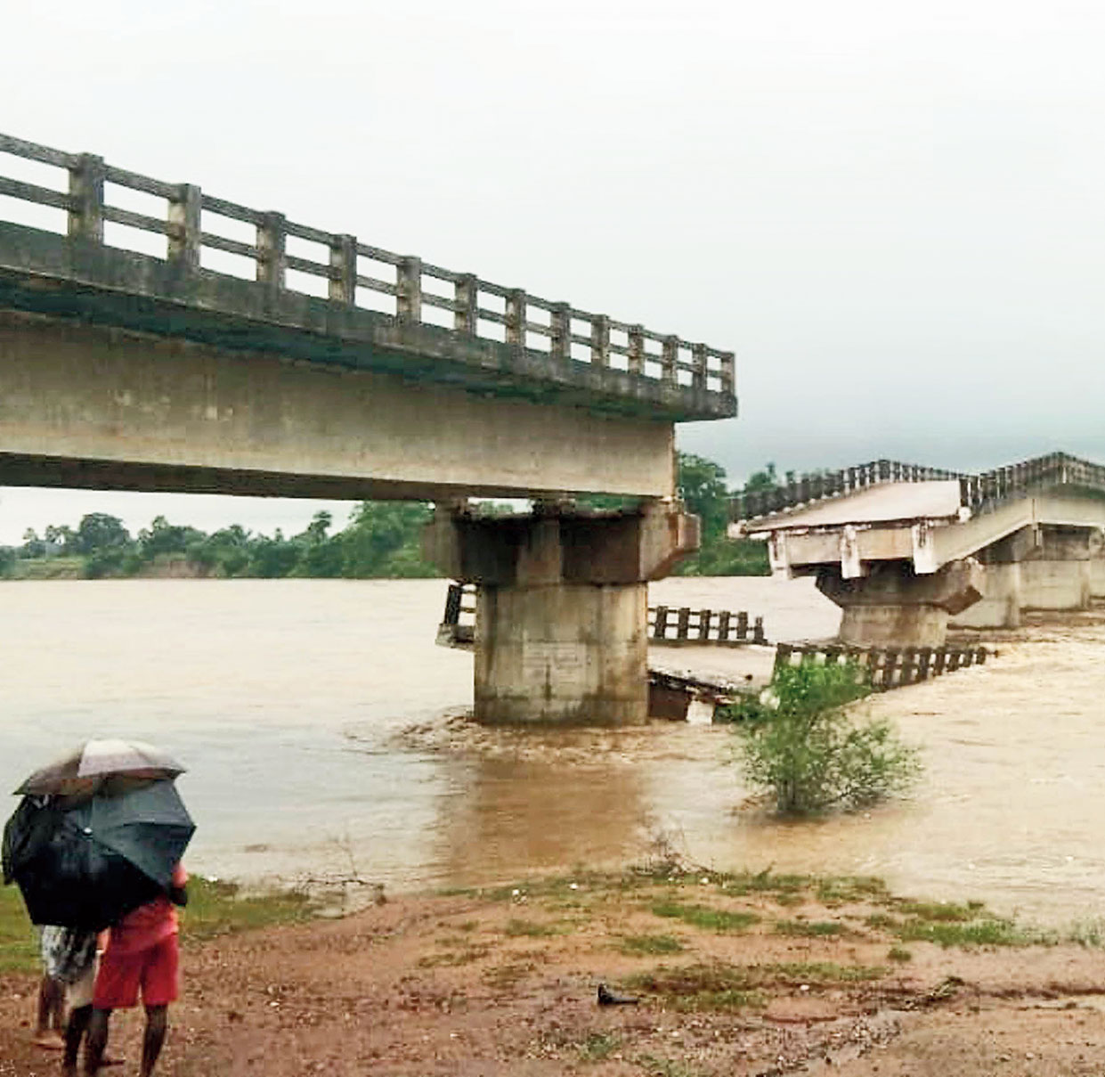 A view of the bridge at Chandalmara in Pakur  that collapsed early morning on Monday