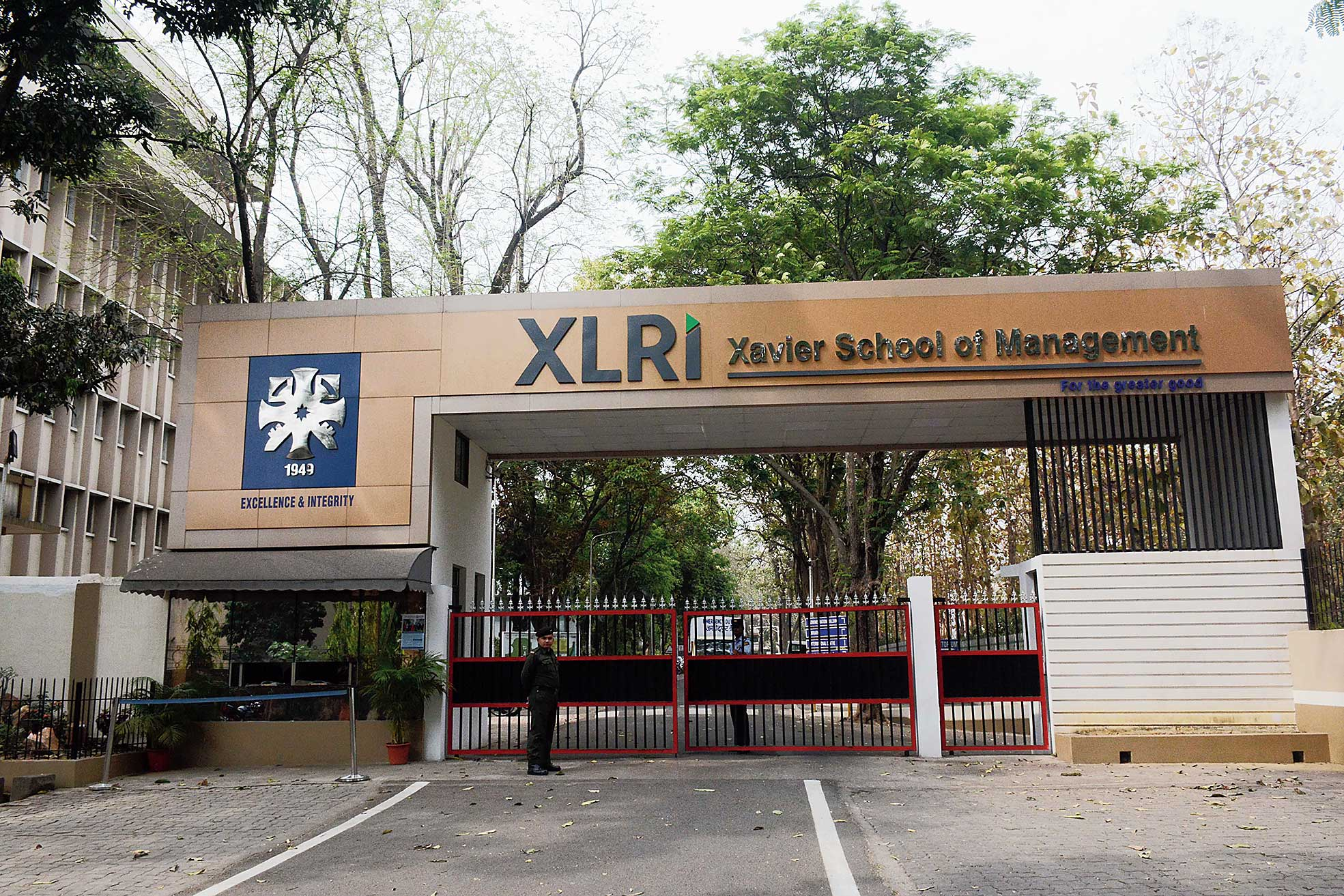 XLRI-Xavier School of Management, in association with some Tata Group companies, established the XLRI JRD Tata Foundation in Business Ethics in 1991.