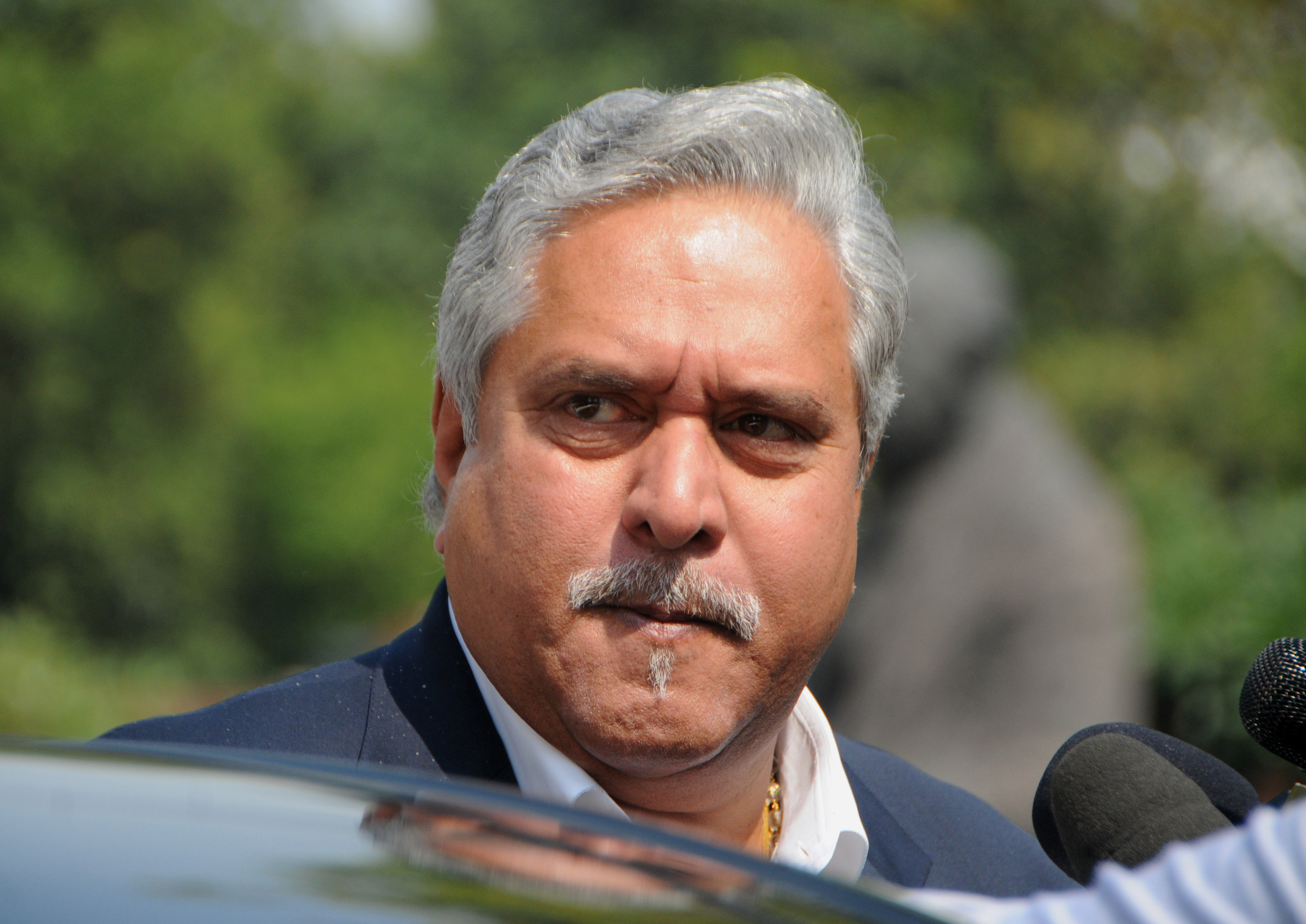 Vijay Mallya offers to pay back loan in full