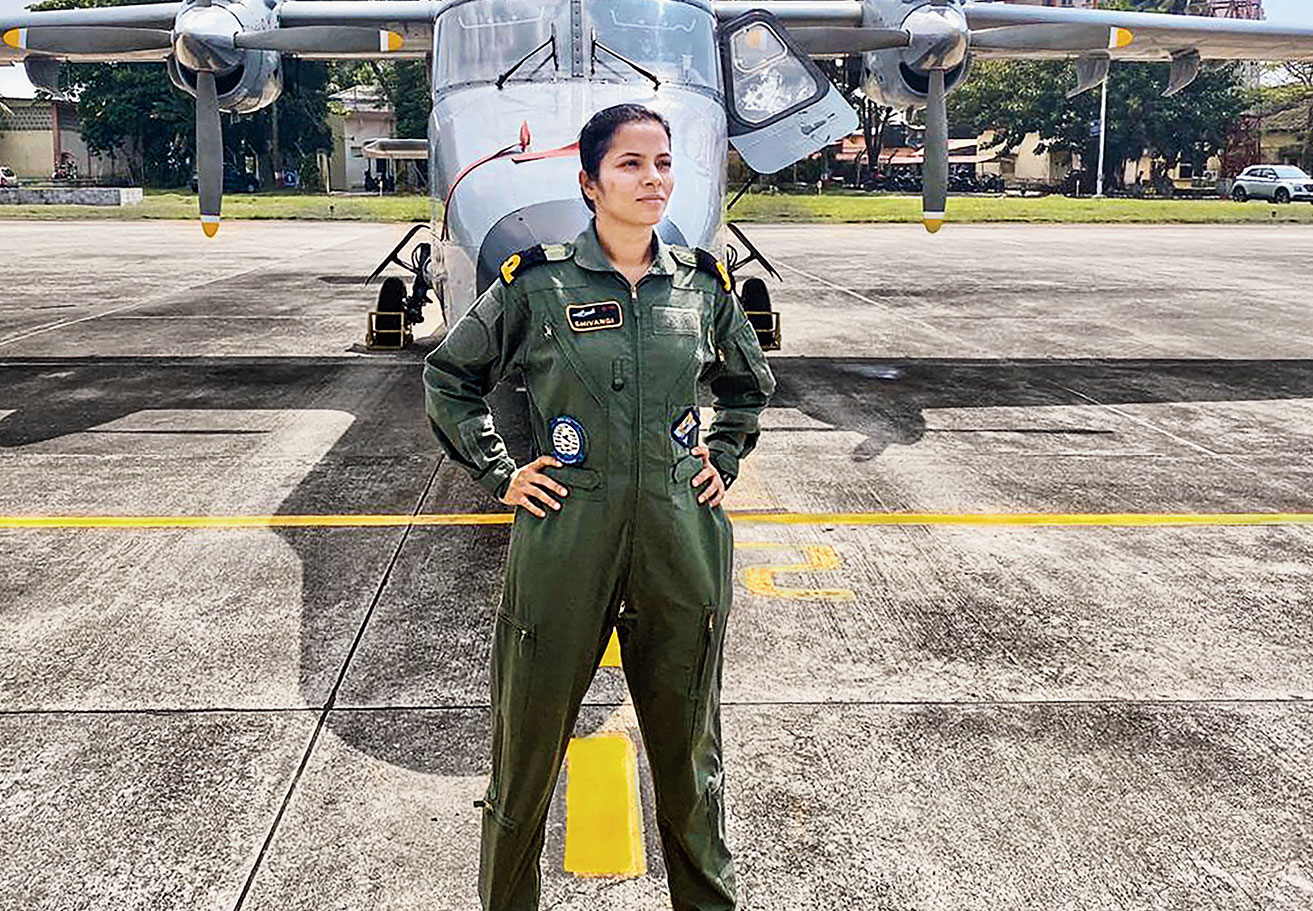 First female pilot in Indian Navy