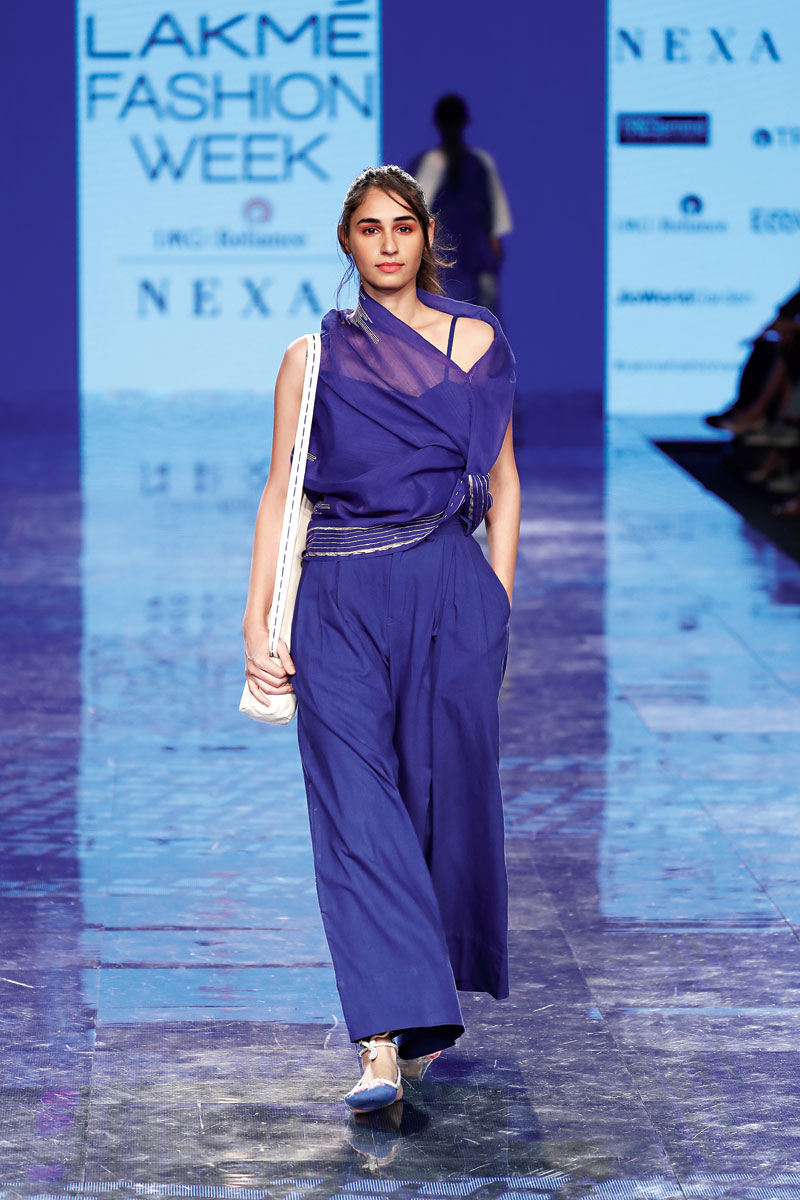 Futuristic Designs At The Lakme Fashion Week Summer Resort 2020 Grand Finale Telegraph India