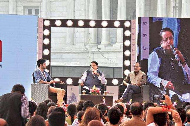 Manu S. Pillai, Shashi Tharoor and Sudeep Chakravarti at a session at KLM at Victoria Memorial grounds
