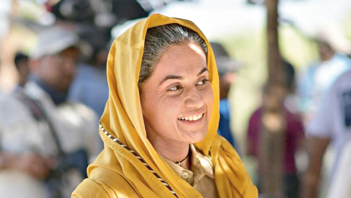 Taapsee as Prakashi Tomar in Saand Ki Aankh
