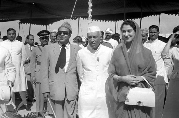 Mohammad Ali Bogra, the Pakistani premier, along with his second wife, on their arrival in Delhi from Karachi being received by Jawarhalal Nehru at Palam Airport in May 1955.