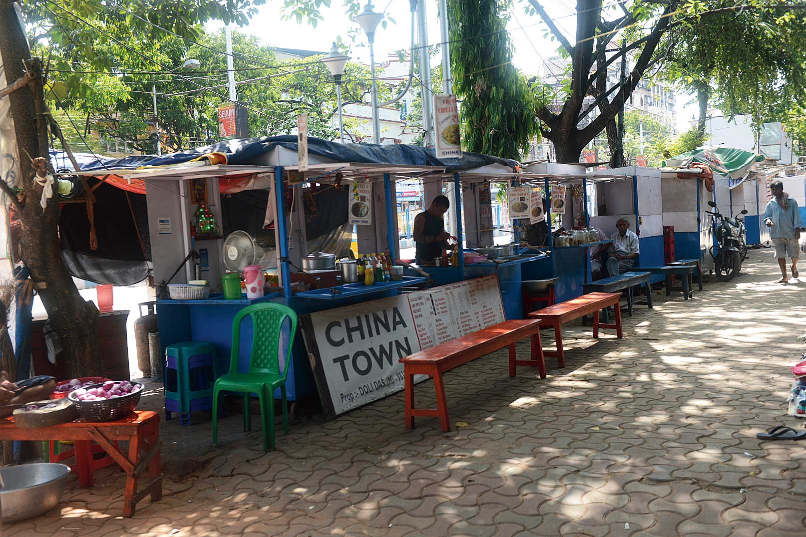 Hawker stalls off Deshapriya Park that have been covered with plastic sheets.