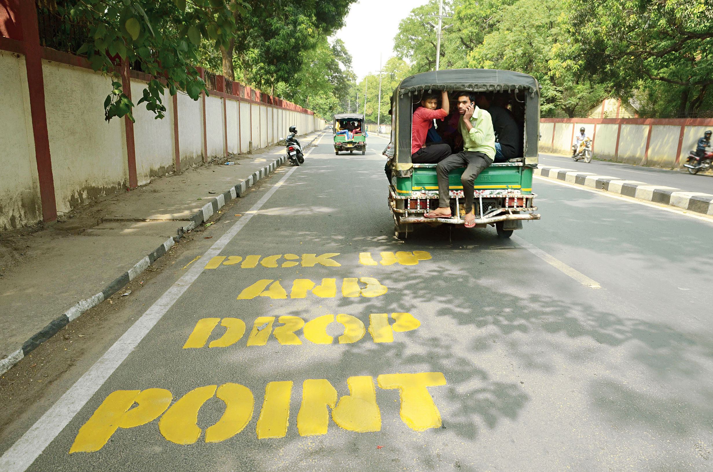A pick-up and drop-off point demarcated by Ranchi Municipal Corporation on Morabadi Road on Thursday.