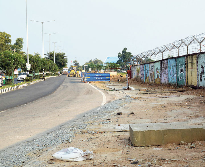 The under-construction smart road at Hinoo in Ranchi on Tuesday