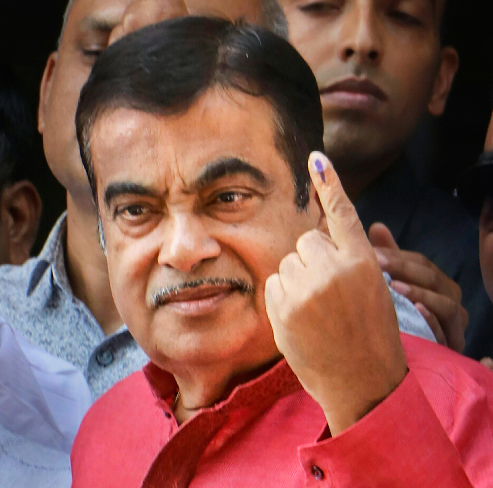 BJP Nagpur parliamentary candidate Nitin Gadkari shows his finger marked with indelible ink after casting vote during the 1st phase of the general elections in Nagpur on Thursday, April 11, 2019.