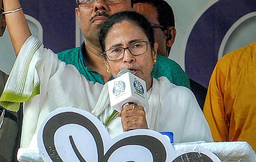 Mamata Banerjee addresses an election rally at Krishnagar on Wednesday