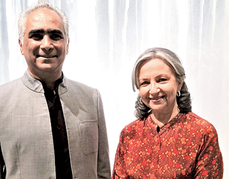 At one point, Sharmila Tagore dropped by to say hello.