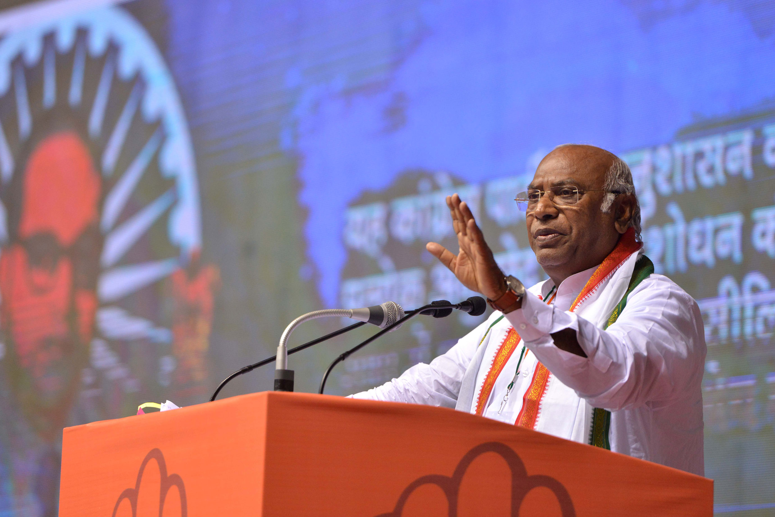 Mallikarjun Kharge spoke against the backdrop of the unfolding developments in Karnataka where the Congress-Janata Dal Secular alliance is struggling to survive but he also referred to the chain of defections to the BJP in Bengal.
