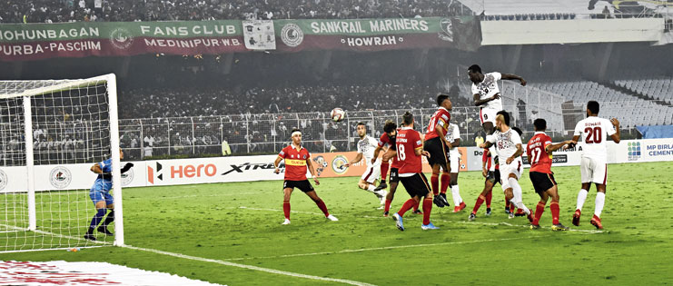 Baba Diawara scores Mohun Bagan's second goal on Sunday