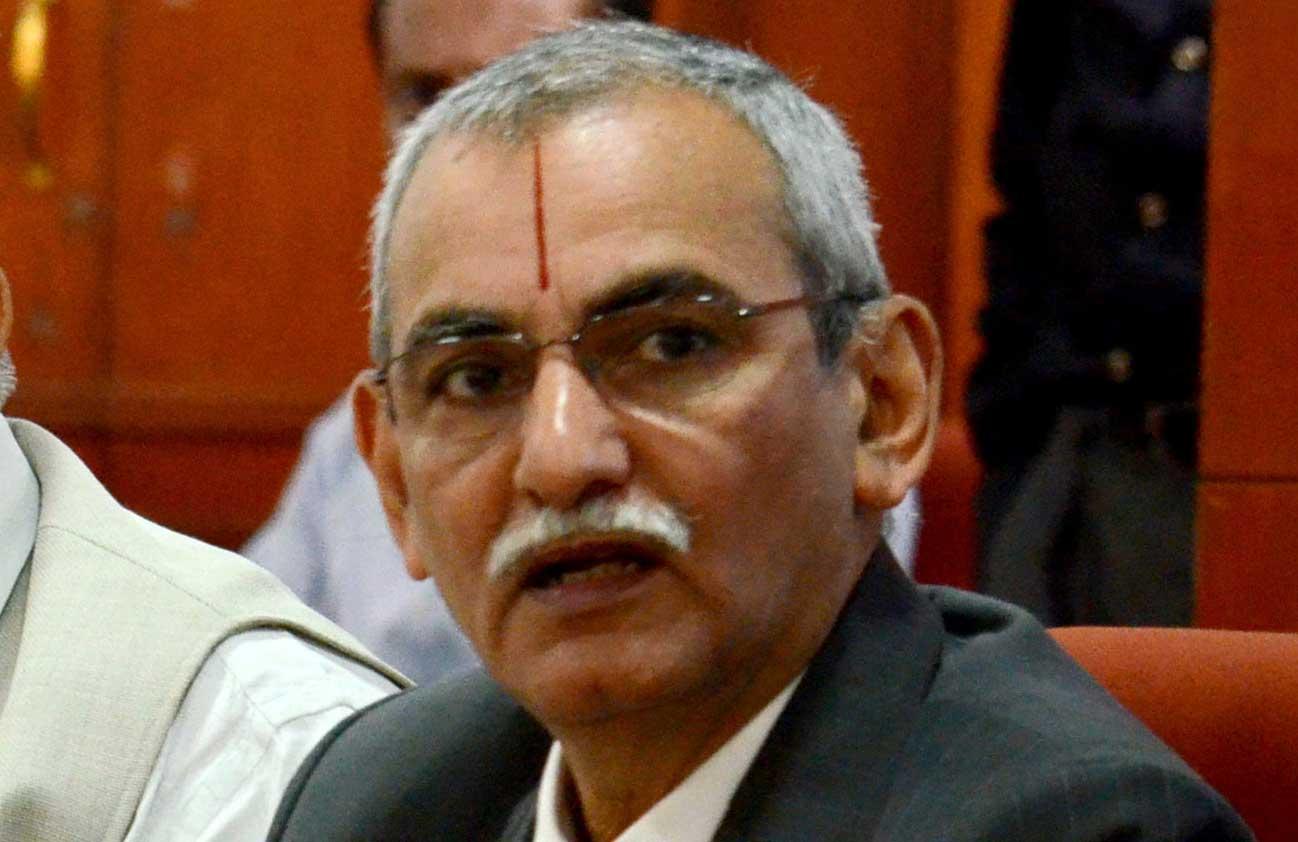 Congress seeks vigilance chief's exit